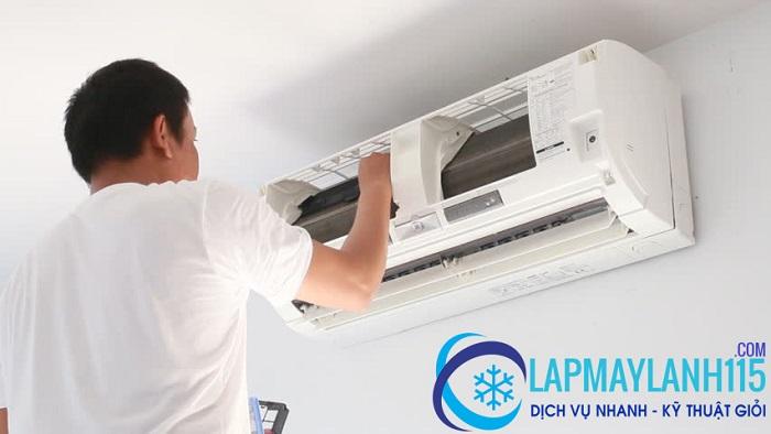 Bảo trì máy lạnh quận Tân Bình cần vệ sinh cánh quạt