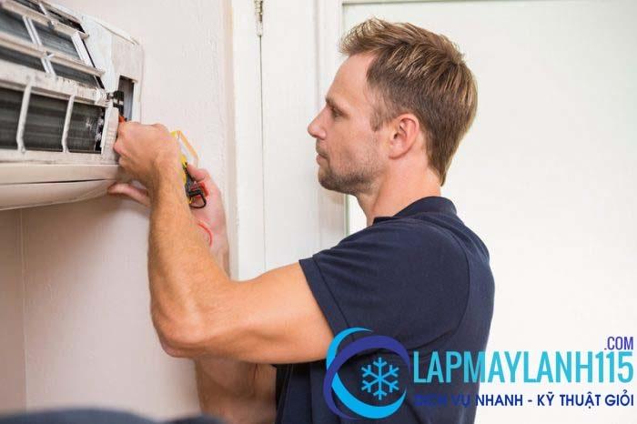 Thợ sửa máy lạnh quận Bình Thạnh giỏi, kinh nghiệm và cẩn thận