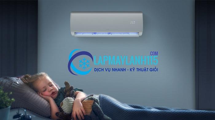 Trẻ bị sốt có nên nằm máy lạnh